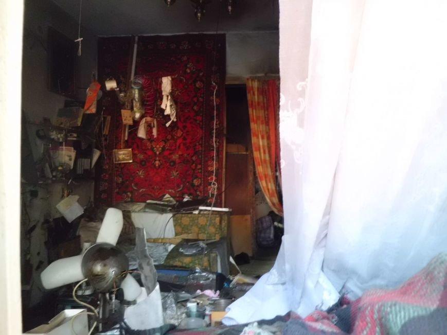 В доме  по улице Октябрьской при пожаре сгорел человек (ФОТО), фото-9