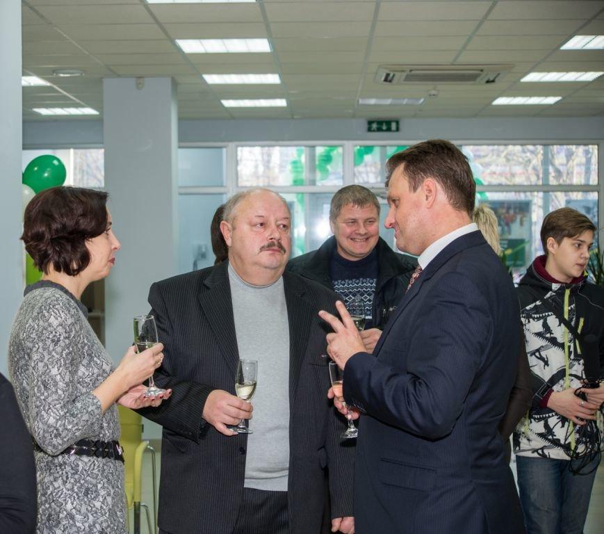 Сегодня в Кривом Роге открылось новое отделение «Сбербанка России» (ФОТО), фото-9