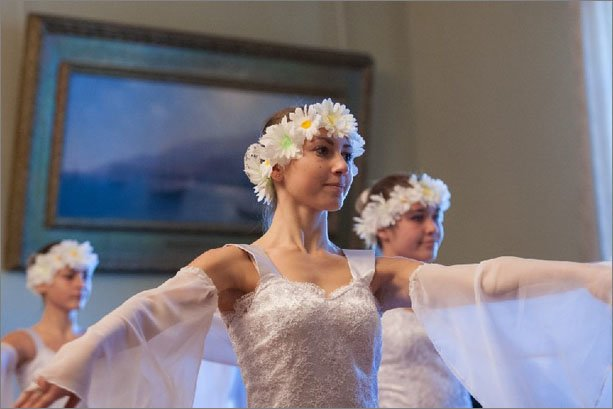 По итогам курортного сезона в Феодосии на Зимнем балу вручили 42 звезды, фото-4