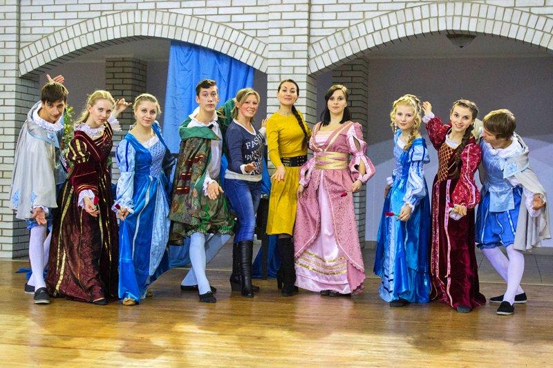 Луганские студенты реконструировали эпоху Возрождения (ФОТО), фото-3