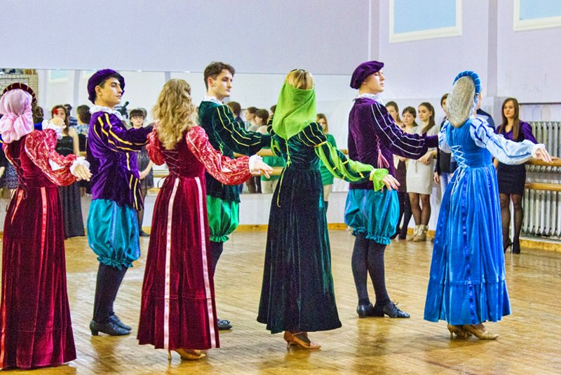 Луганские студенты реконструировали эпоху Возрождения (ФОТО), фото-1