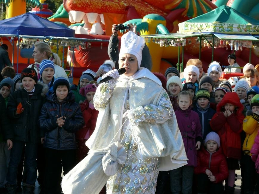 В День Святого Николая в Ялте открылась городская елка (ФОТО), фото-2