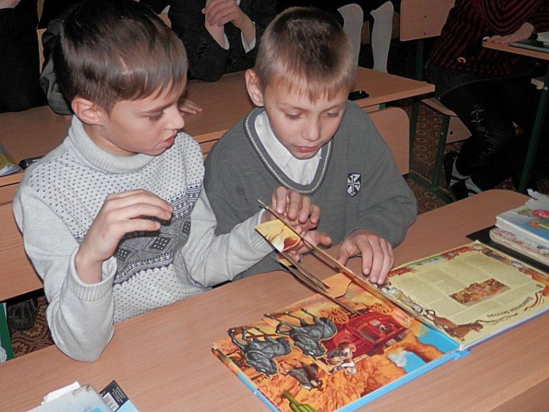 Луганчане передали машину подарков ребятам из Счастьенской школы-интерната (ФОТО), фото-2