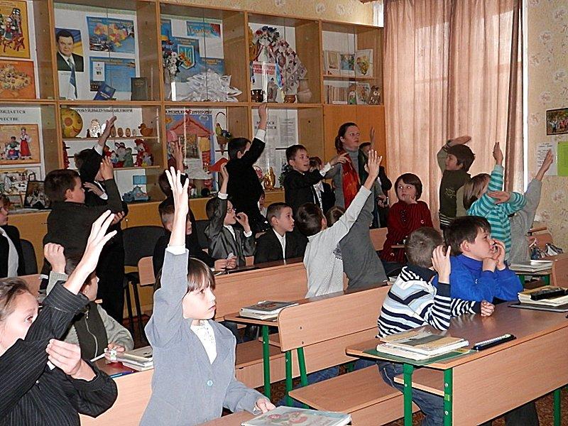 Луганчане передали машину подарков ребятам из Счастьенской школы-интерната (ФОТО), фото-3