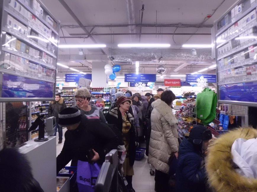 «Арбуз» наполняется магазинами, а вот  недоделки «давят глаз» (ФОТО), фото-5