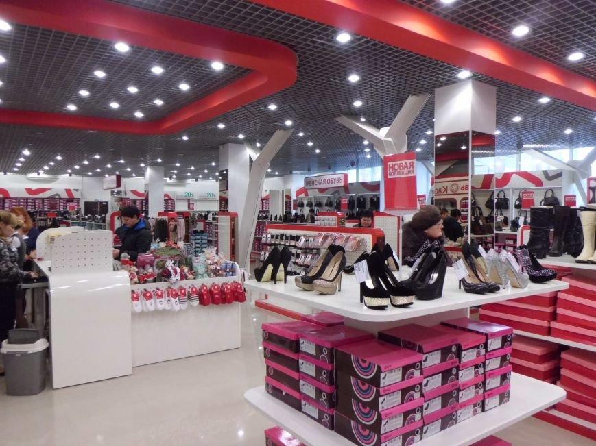 «Арбуз» наполняется магазинами, а вот  недоделки «давят глаз» (ФОТО), фото-8