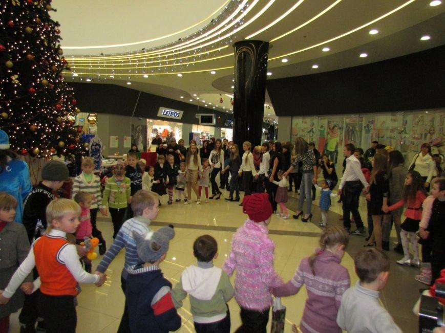 В Мариуполе в ТРЦ«ПортCity» подарили праздник детям (ФОТО), фото-6