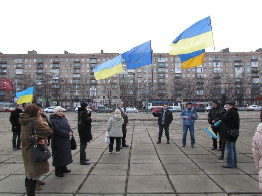 В Мариуполе  сегодня слушали  ходоков на киевский Евромайдан (ФОТО, Видео), фото-6
