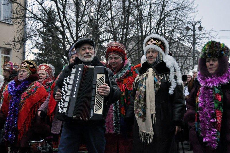 Армия Дедов Морозов и Снегурочек захватила Белгород, фото-6