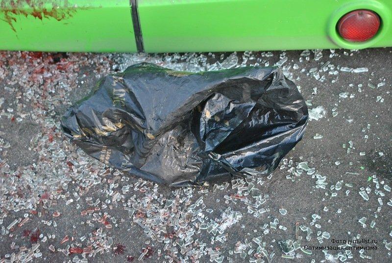 В Луганске перевернулся автобус. 18 человек госпитализировано (ФОТО), фото-7