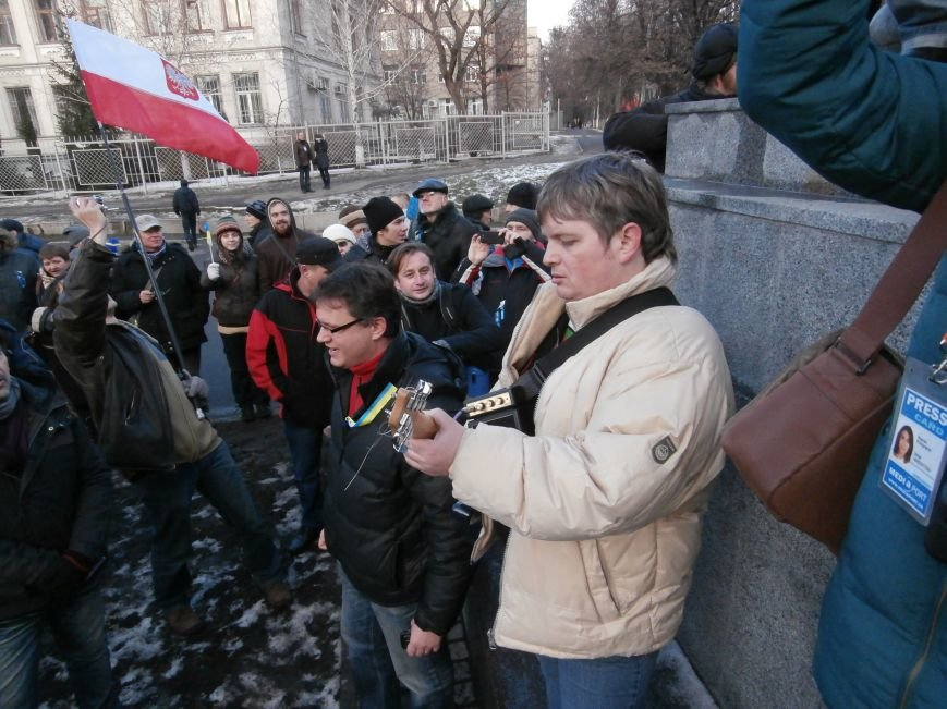 Харьковчане символически переименовали проспект Ленина в честь фронтмена британской группы The Beatles Джона Леннона (фото, видео), фото-20