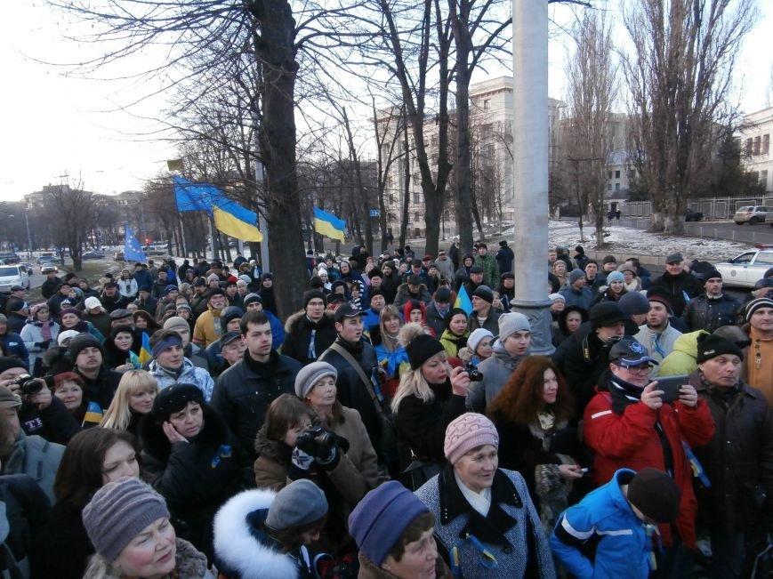 Харьковчане символически переименовали проспект Ленина в честь фронтмена британской группы The Beatles Джона Леннона (фото, видео), фото-19