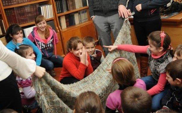 В Черниговской области для детей устроили благотворительный Рождественский вертеп, фото-1