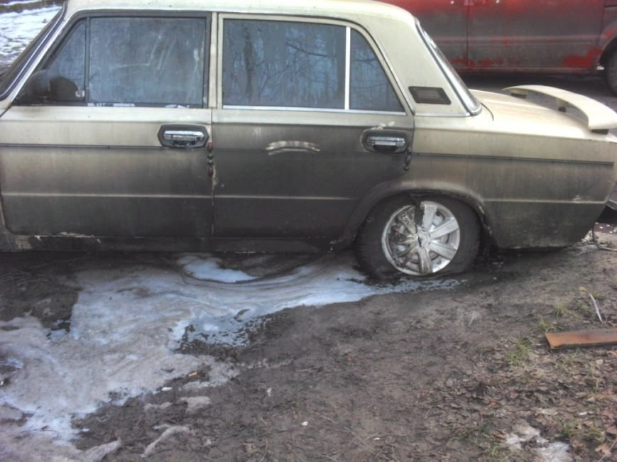 За один день в Черниговской области горели два автомобиля ВАЗ (ФОТО), фото-3