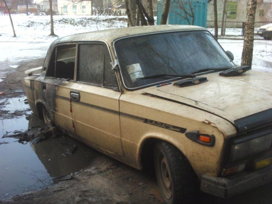 За один день в Черниговской области горели два автомобиля ВАЗ (ФОТО), фото-2