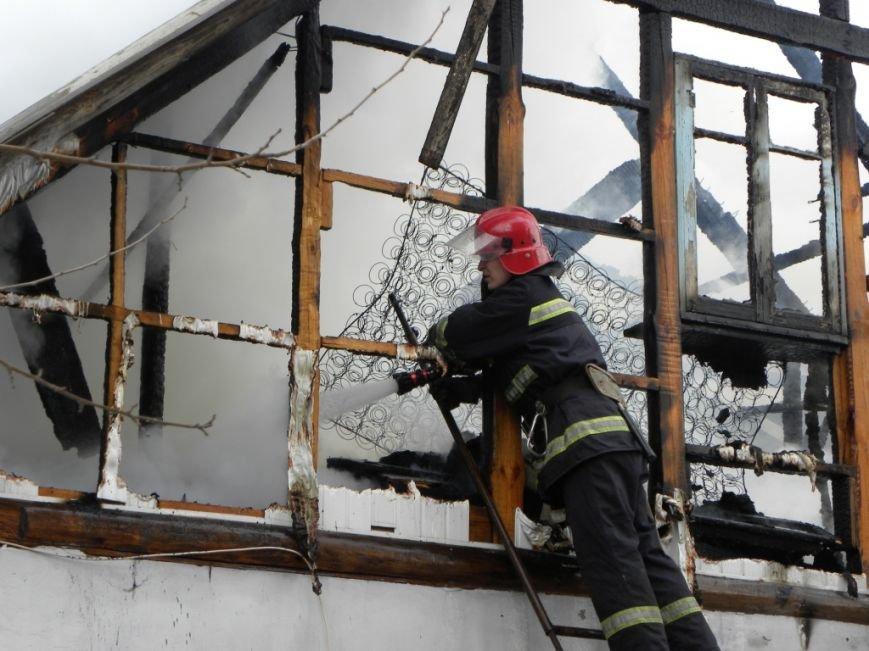 В Чернигове горел частный дом, фото-1