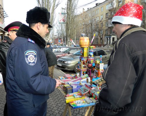 25_12_2013_Mariupol_Pirotehnika_4s
