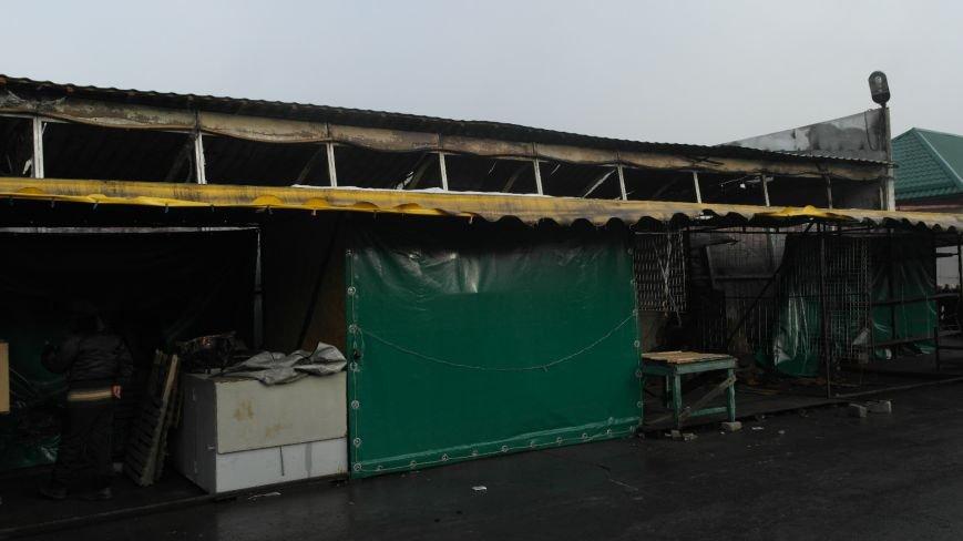 В Красноармейске на центральном рынке сгорел торговый павильон (ФОТО), фото-21