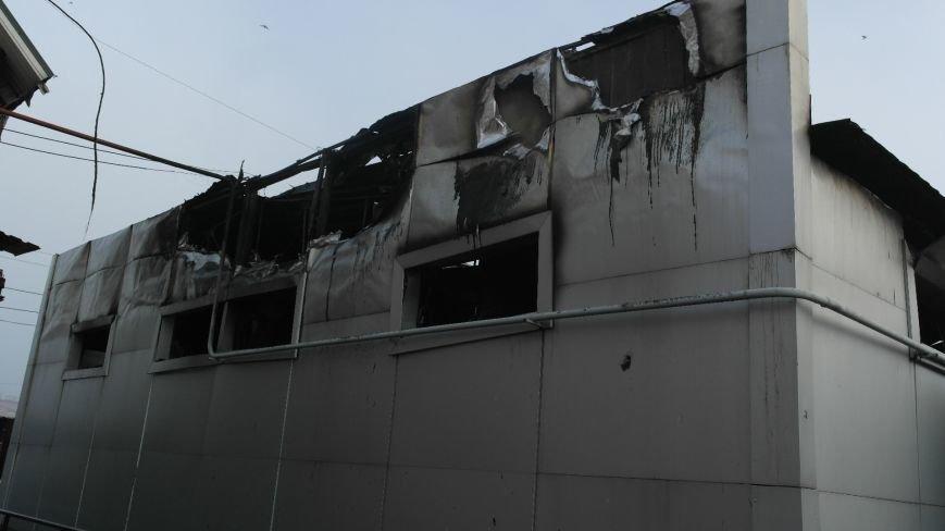 В Красноармейске на центральном рынке сгорел торговый павильон (ФОТО), фото-14