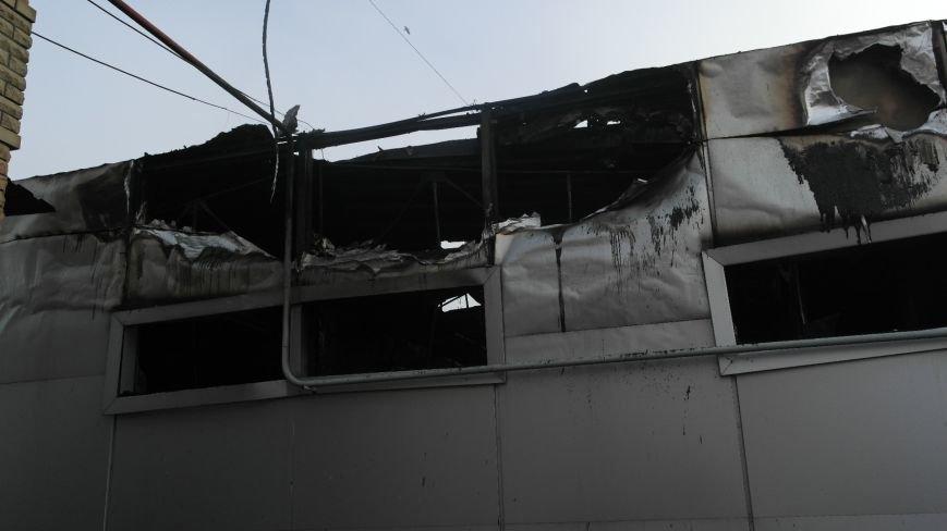 В Красноармейске на центральном рынке сгорел торговый павильон (ФОТО), фото-13