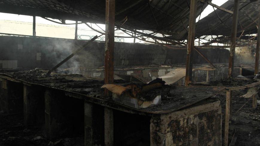 В Красноармейске на центральном рынке сгорел торговый павильон (ФОТО), фото-25