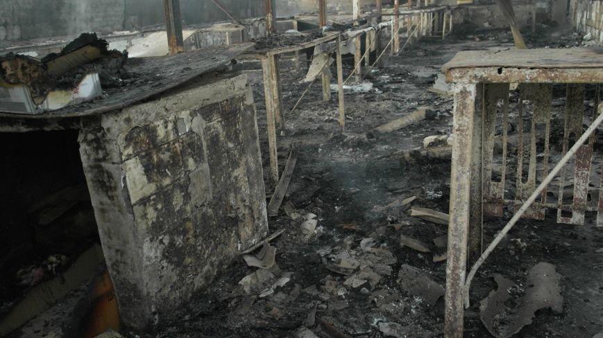 В Красноармейске на центральном рынке сгорел торговый павильон (ФОТО), фото-29