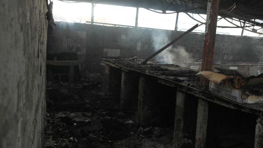 В Красноармейске на центральном рынке сгорел торговый павильон (ФОТО), фото-28