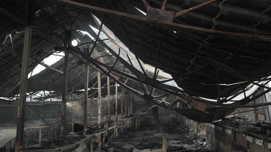 В Красноармейске на центральном рынке сгорел торговый павильон (ФОТО), фото-27