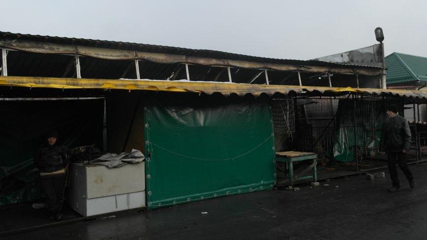 В Красноармейске на центральном рынке сгорел торговый павильон (ФОТО), фото-20