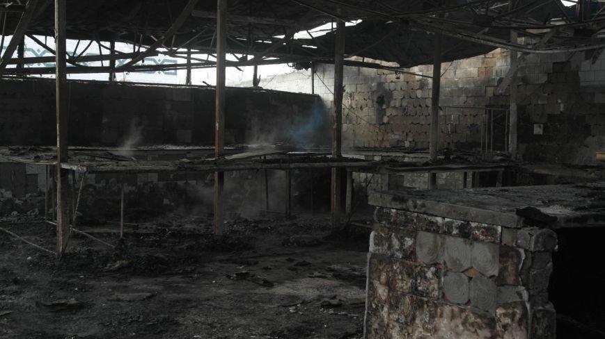 В Красноармейске на центральном рынке сгорел торговый павильон (ФОТО), фото-5