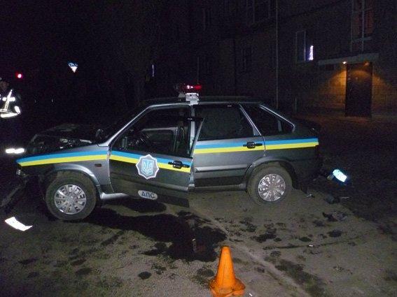 Ночная погоня в Харькове: три экипажа ГАИ полчаса ловили пьяного водителя, который таранил милицйские машины (фото), фото-1