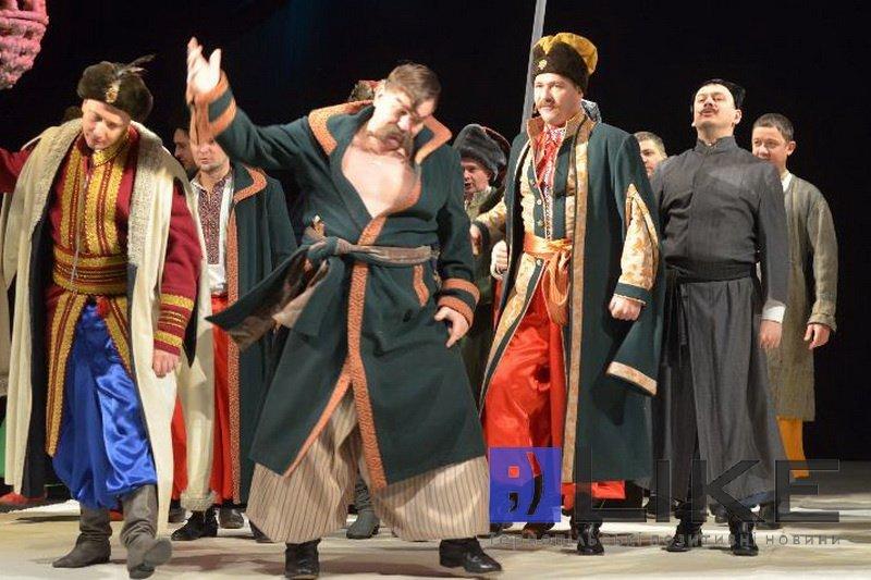 Тернопільський драмтеатр підготував різдвяний сюрприз для жителів та гостей міста, фото-2