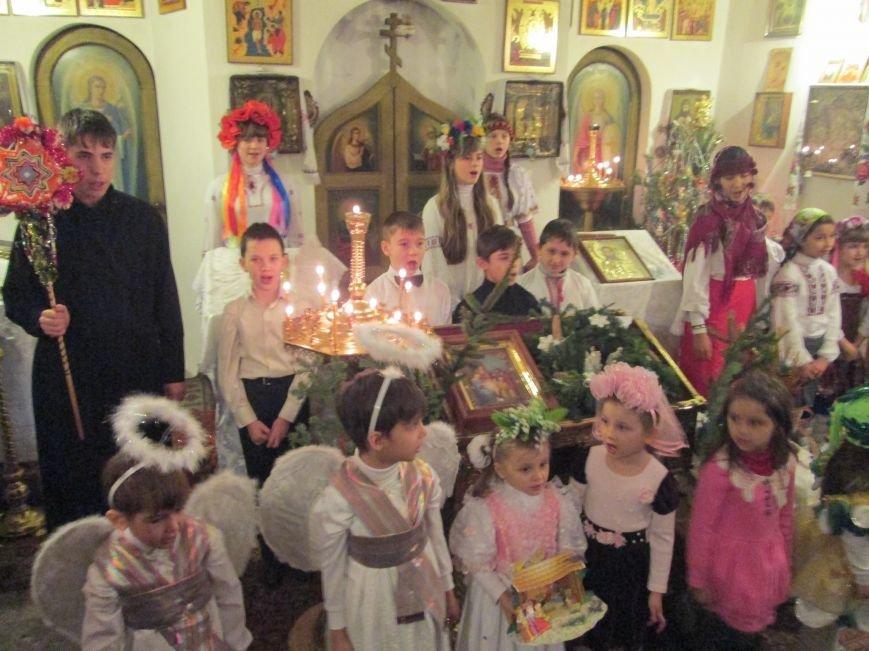 Православные мариупольцы отметили один из самых светлых христианских праздников, фото-3