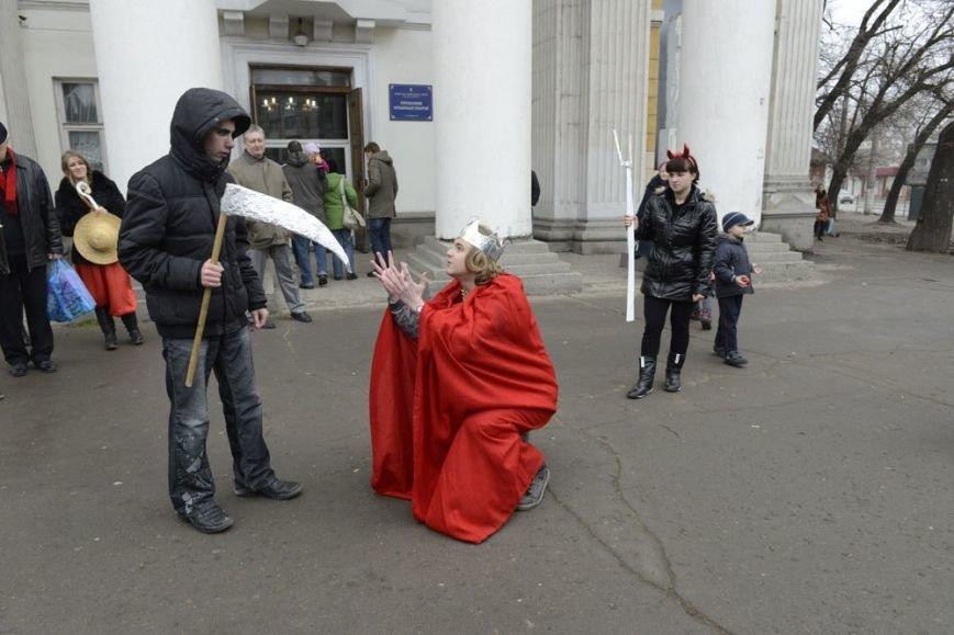 На Рождество симферопольцам показали мистерию о «светлых силах Майдана» (ФОТО), фото-1