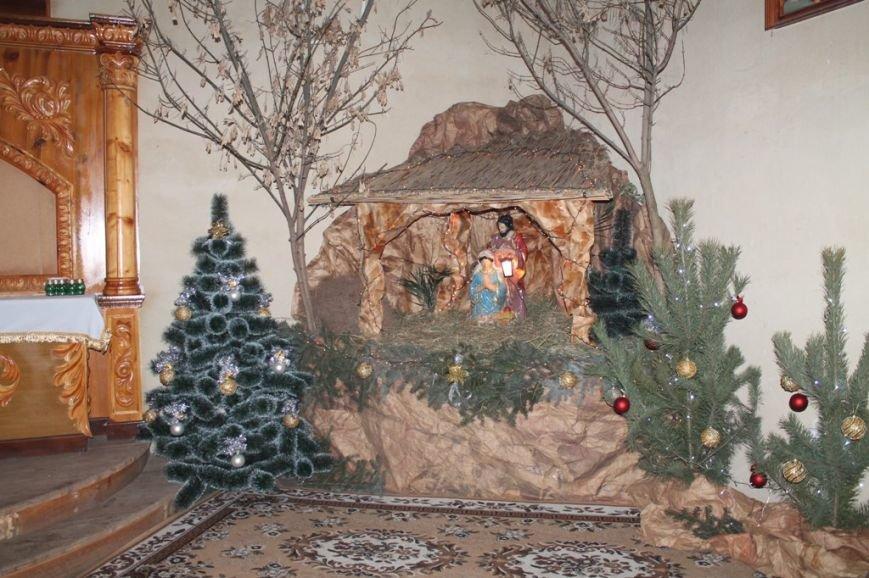 Жителям Артемовского района на Рождество показывают вертеп (ВИДЕО), фото-1