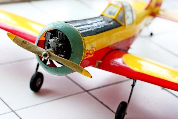 В здании донецкого аэропорта летали военные самолетики (фото), фото-3