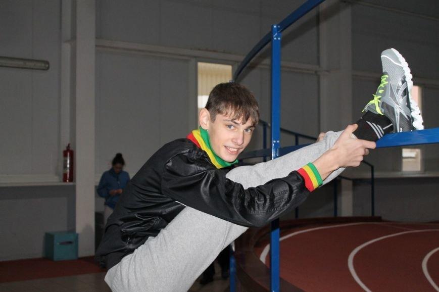Участники Чемпионата области призывают артемовскую молодежь заниматься спортом ради здоровья, фото-1
