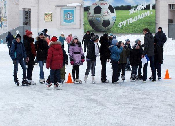 Ульяновцы увидели «Рождественский праздник на льду», фото-1