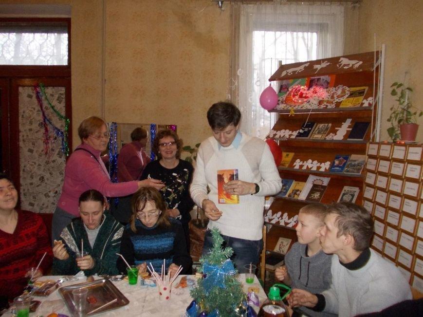 В юношеской библиотеке состоялась рождественская встреча  ветеранов и воспитанников КШ «Буревестник», фото-3