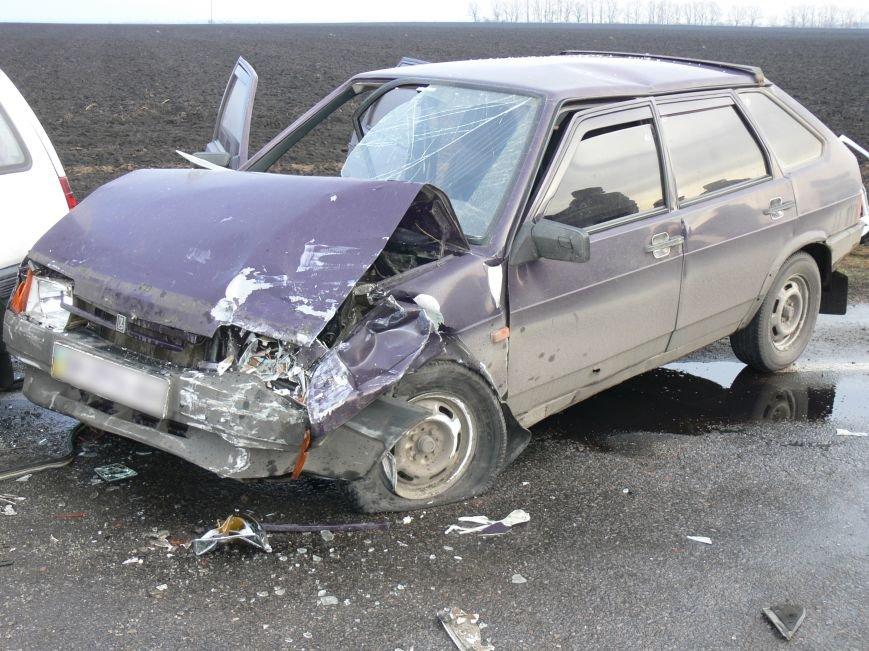 В жуткой аварии возле Сум пострадало пять человек (ФОТО), фото-4