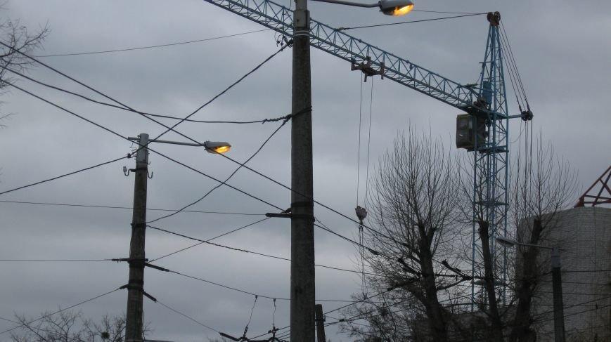 На Польовій світло на вулицях горить серед білого дня, фото-3