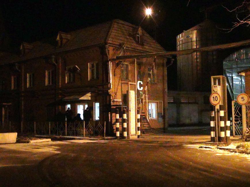 В Мариуполе горел административный корпус СРЗ (ФОТО), фото-5