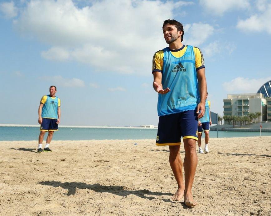 Футбол через сетку и работа над «физикой»: «Металлист» продолжает сборы в ОАЭ (фото), фото-1