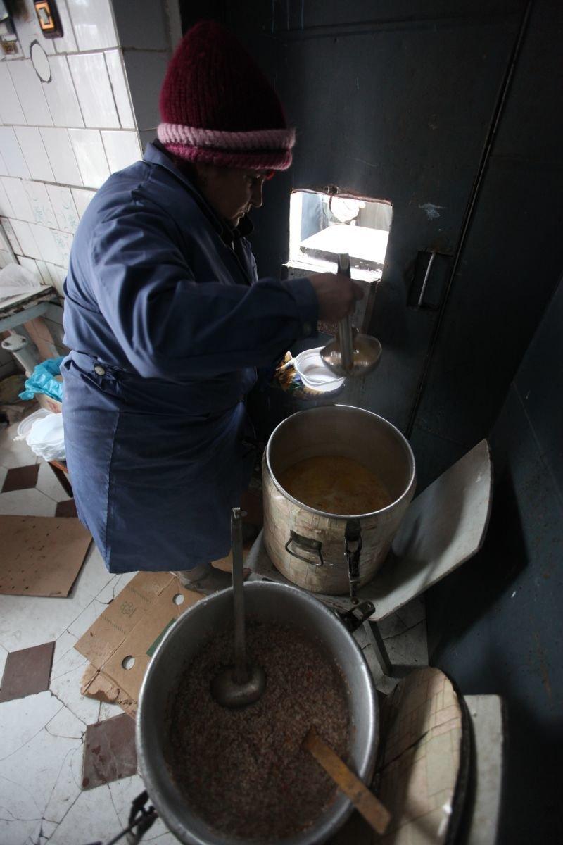 У Житомирі запрацював перший пункт обігріву для безхатченків, фото-2