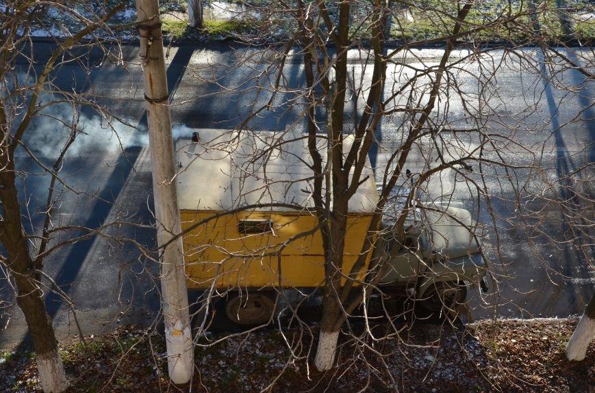 В Мариуполе жители пр. Лунина остались без воды (ФОТО), фото-2