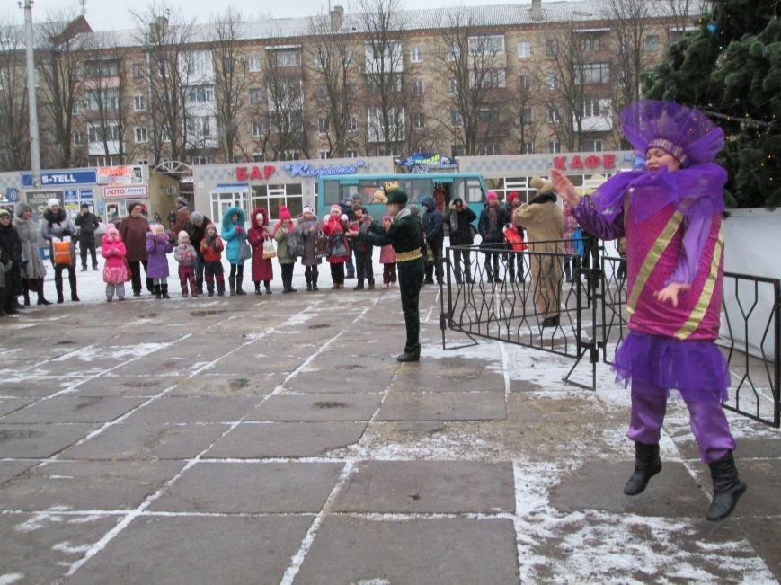 В Горловке с хороводами и песнями закрыли городскую ёлку, фото-4