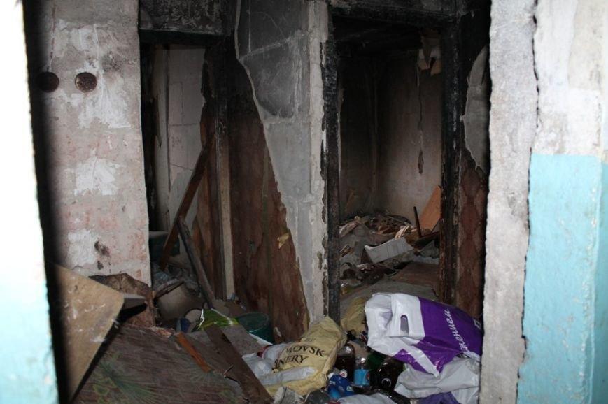 В артемовской малосемейке устали бороться с бомжами и вандалами, фото-13