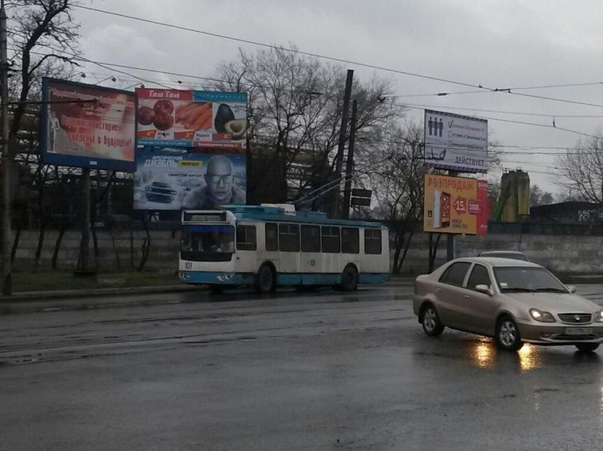 В Мариуполе в Ильичевском районе парализовано движение электротранспорта (ФОТО), фото-1