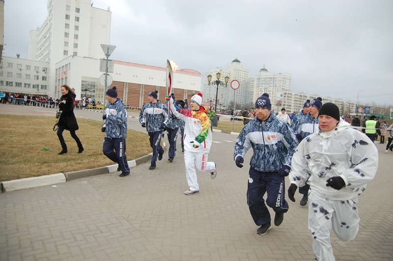 Остановленные мгновения Эстафеты Олимпийского огня в Белгороде, фото-7