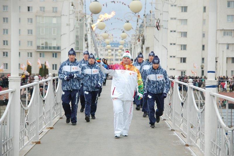 Остановленные мгновения Эстафеты Олимпийского огня в Белгороде, фото-10